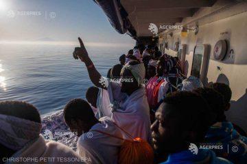 """Migranţi: Franţa şi Libia """"îşi consolidează cooperarea"""""""