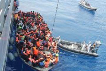 Sute de migranți, salvați din largul coastei Maltei