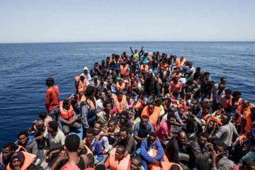 Numărul de migranţi în insulele elene, cel mai ridicat după 2016